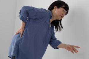 慢性の腰の痛みについて